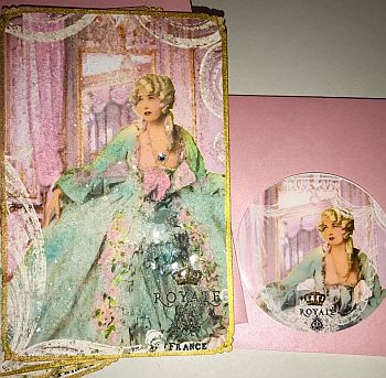 ROYALE PAPARAZZI PINK WITH SEALS 2017 300.jpg